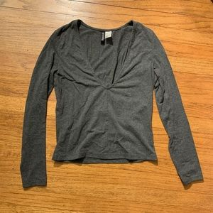 H&M Divided dark grey cropped top long sleeve S
